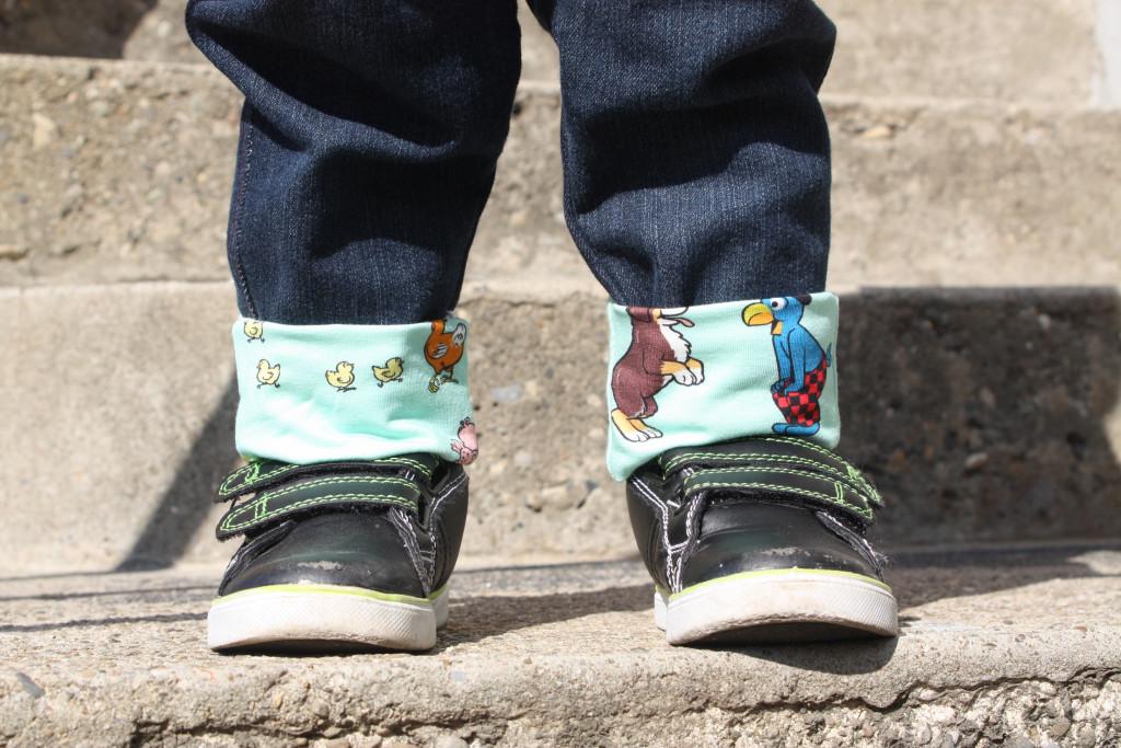 globi auf dem bauernhof - shoes